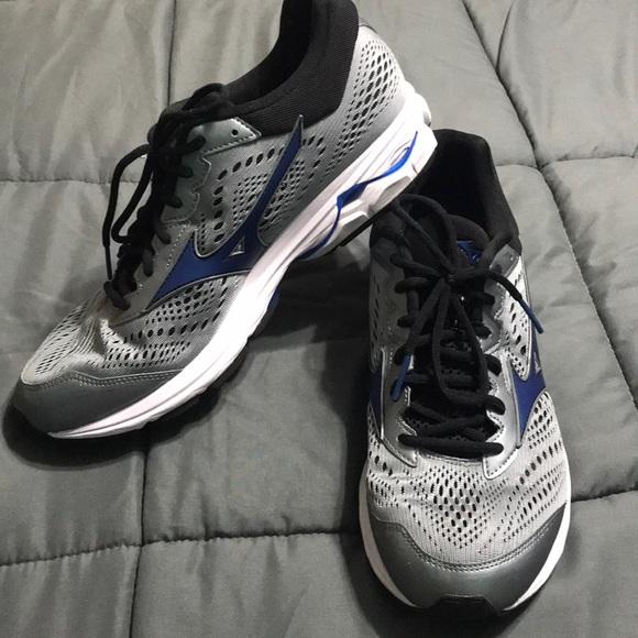 Mizuno Other - Grey & Blur Mizuno Running Shoes